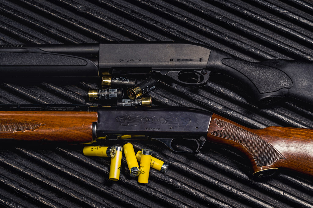 photo of a 12 gauge shot gun and a 20 gauge shotgun