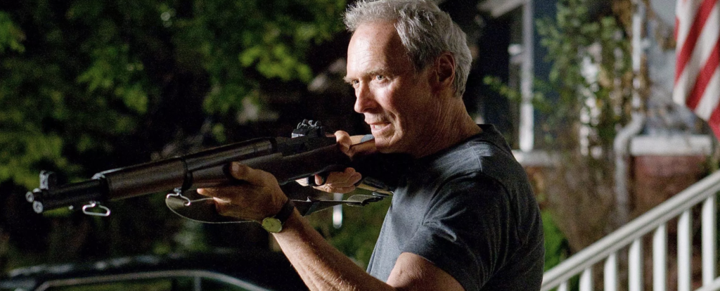 Clint Eastwood firing an M1 Garand in Gran Tornio