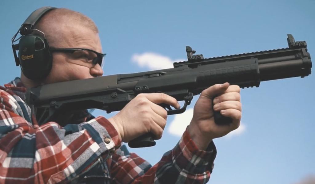 Shooting 12 gauge Roll Crimped shotgun shells at the range